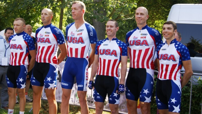 US Armed Forces Race in 2013 CISM Cycling Championship; Women take bronze