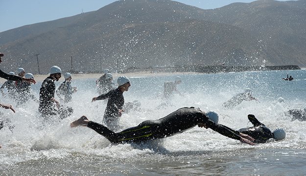 Navy Sweeps Men's and Women's Triathlon Championship