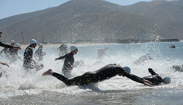 Navy Sweeps Men's and Women's Triathlon Championship